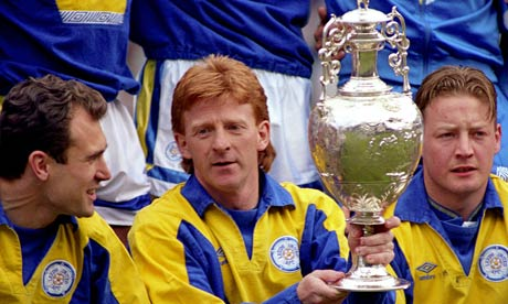 [Image: Gordon-Strachan-wins-the-001.jpg]